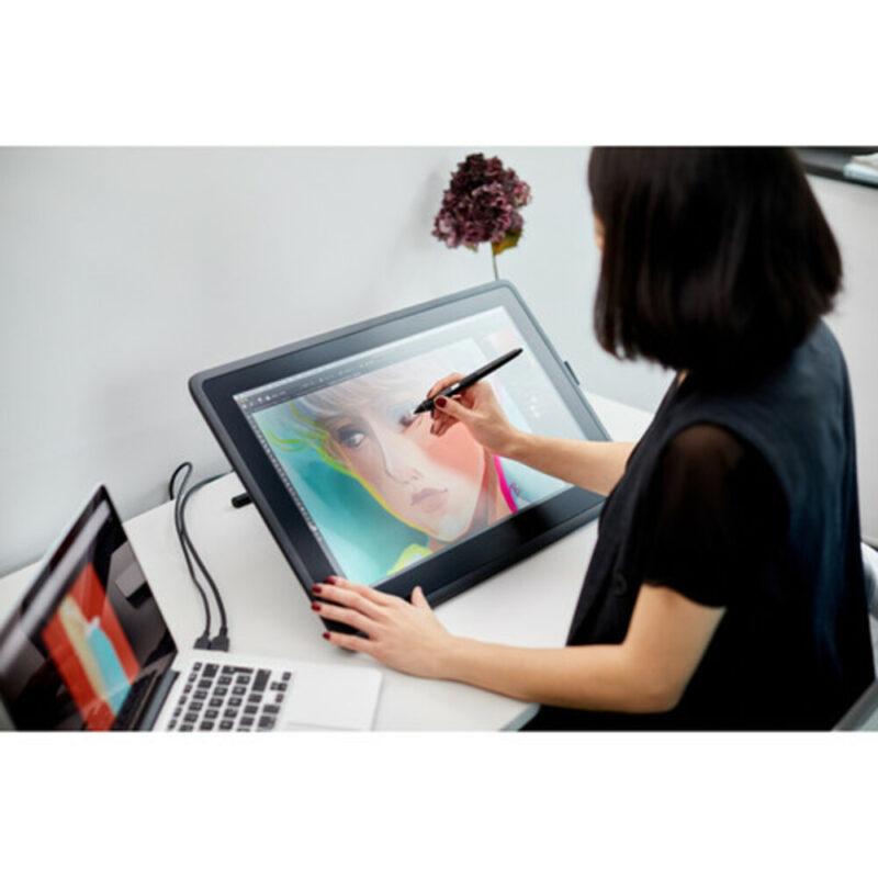 Wacom-Cintiq-22-Algerie-Store-Tablette-graphique-tactile-21.5-Pouces-FHD-et-Stylet-Pro-Pen-2-DTK2260K0A-